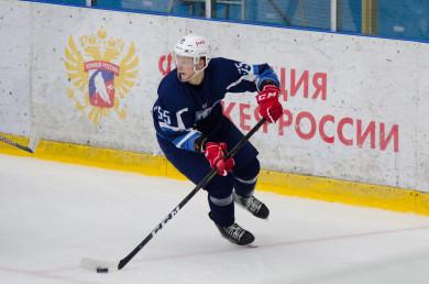 «Буран» в гостях проиграл «Южному Уралу» в первом матче 2021 года