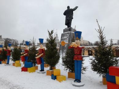 На новогодних каникулах площадь Ленина посетили 185 тысяч человек