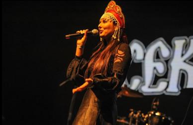 На «Чернозёме» дочь Хоя выступит в панк-опере по мотивам альбома «Сектора Газа»