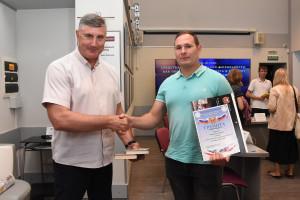 Победителем МОЁшного конкурса на знание ПДД стал инструктор по вождению