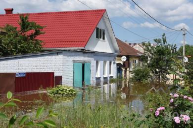 «Никто кнам непришёл»: жители затопленного переулка вВоронеже неделю прождали оценщика ущерба