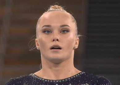Воронежская гимнастка Ангелина Мельникова упала с брусьев и не заработала олимпийскую медаль
