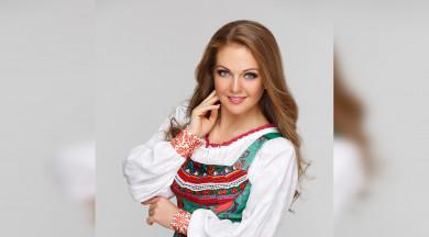 В Воронеж приезжает «русская душой» певица Марина Девятова