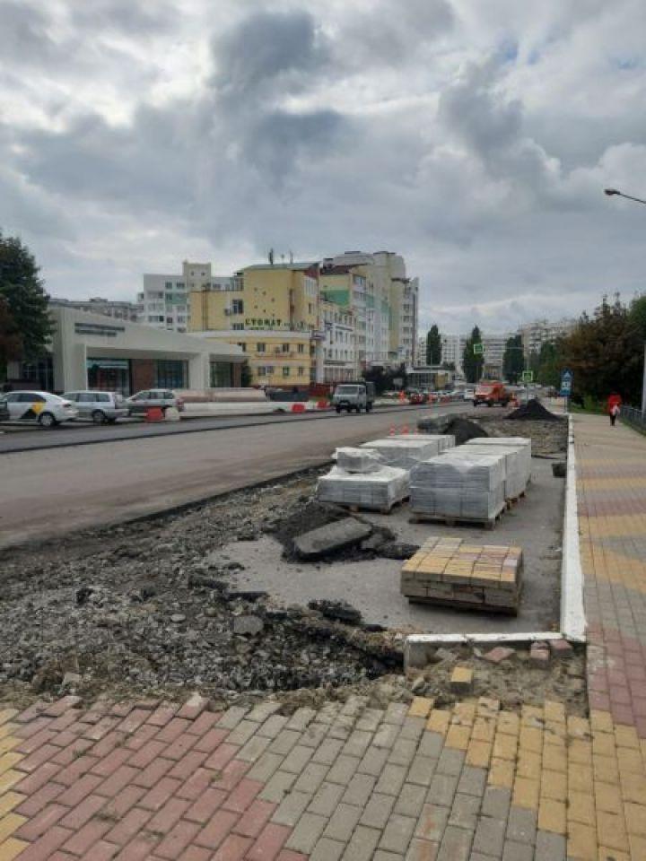 Белгородцы требуют оставить парковочные карманы на Архиерейской