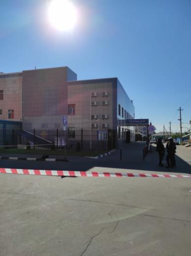 Подозреваемый в убийстве семьи под Воронежем Виктор Мирской признал вину