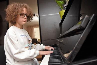 Незрячая девочка из Воронежа приняла участие в музыкальном шоу «Ты супер!»