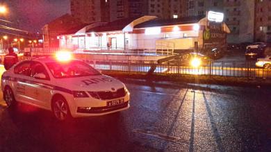 Пьяный парень на «Ауди» нокаутировал фонарь в Воронеже