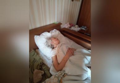 «Она увас сумасшедшая»: 90-летнюю жительницу Воронежа сподозрением наковид отказались класть вбольницу