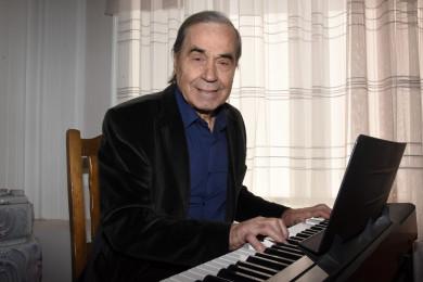 Не та песня: зачто Валерий Леонтьев удалил изшоу «Голос 60+» воронежского певца?