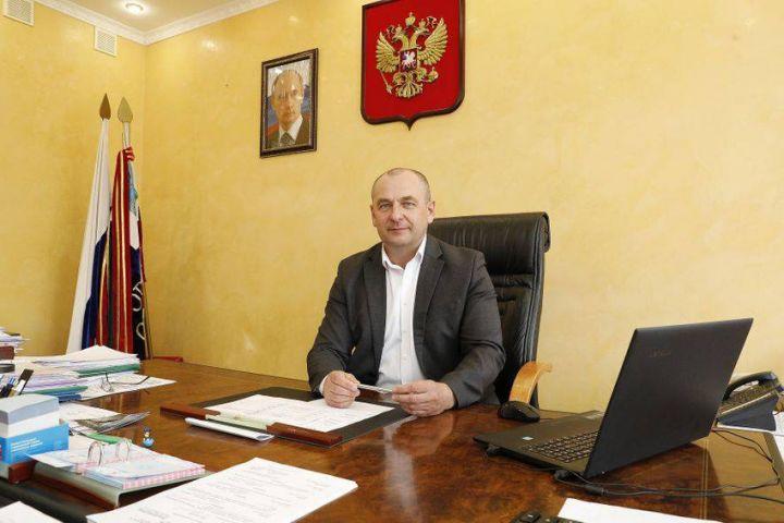 Глава Красногвардейского района покинул должность