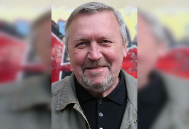 Умер режиссёр «Улицы разбитых фонарей» и«Особенностей национальной охоты»