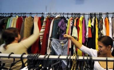 В Воронеже девушка украла платье, уйдя в нём из магазина