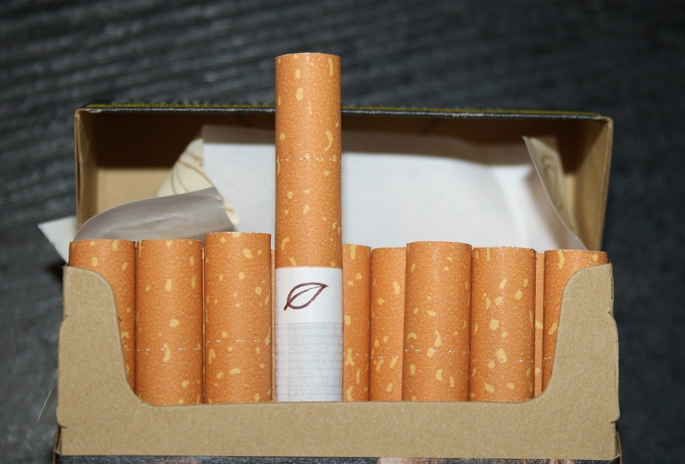 Картинки пачка сигарет, днем акушера картинки