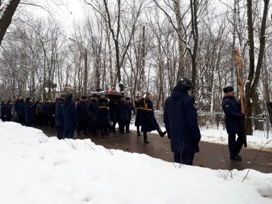 В Воронеже завершились похороны погибшего в Сирии Романа Филипова