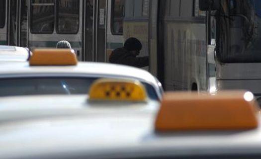 Что делать если яндекс такси списали деньги с карты без поездки