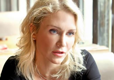 Катя Гордон в Воронеже: «Бьёт муж, и вы терпите? Вам надо к психиатру!»