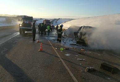 В ДТП с 8 сгоревшими мужчинами обвиняют погибшего водителя