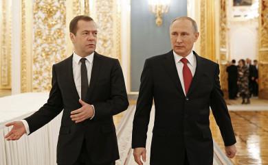 Причину конфликта Путина и правительства назвал политолог
