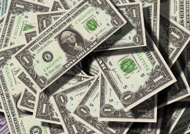 Социологи: 42% воронежцев не следят за курсом доллара