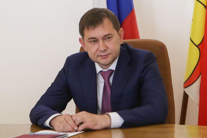 «Единая Россия» будет оказывать помощь гражданам и медикам до тех пор, пока панд...